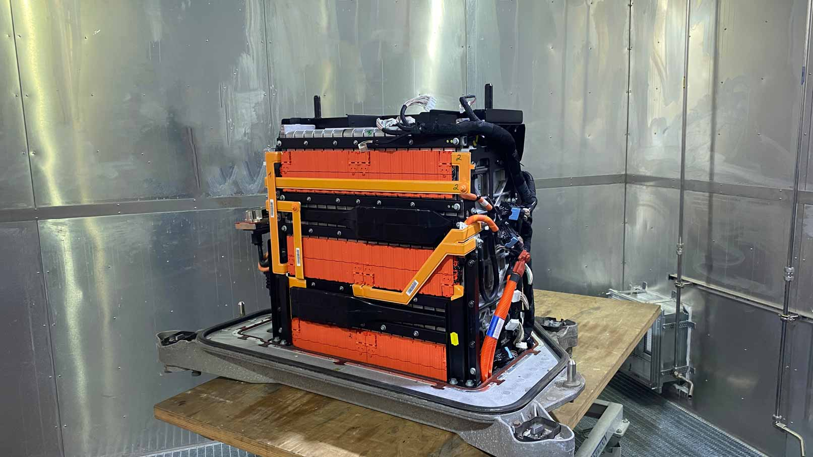 Electric vehicle battery - overview